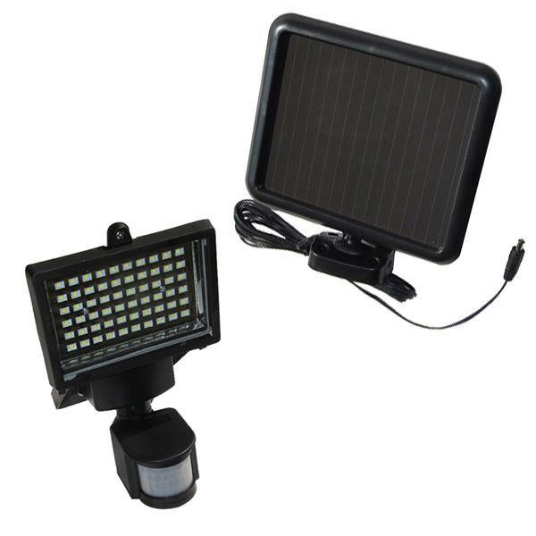 Napelemes mozgásérzékelős LED izzós reflektor