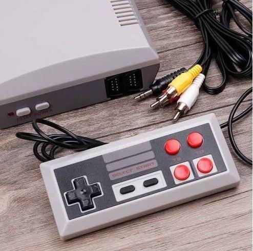 TV-hez csatlakoztatható retro játék konzol, 620 játékkal